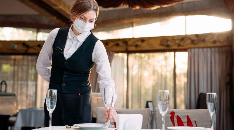 5 formas de garantizar que tu restaurante sea un espacio limpio y seguro para tus clientes